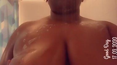 Big Sexy Tits Lather In Soap