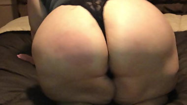Latina mature bbw soles & ass