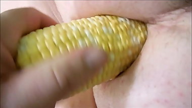 BBW anal fuck with corn cob-Vegetable anal insertion