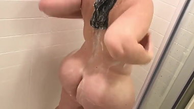 Chubby in the shower