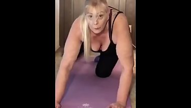 TmptshnТs workout! Watch me workout naked with close ups