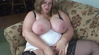 Curvy Sharon - Your Mom's Best Friend