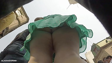 Upskirt Fat Ass