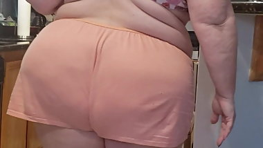 BBW big ass milf gilf