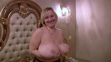 Nice BBW with huge hanging tits