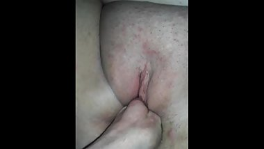 Husband playing with wife's pussy an a lot of moaning