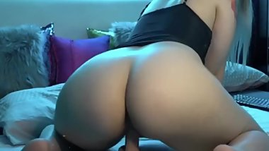 Big Ass BBW Rides Dildo on Cam