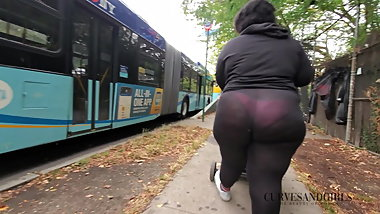 MONSTER BBW ASS IN SEETHROUGH TIGHTS