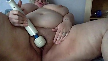 Blonde BBW Plays alone