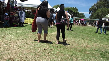 Fat booty BBW Hawaiian chick in gray leggings