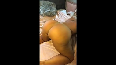 Thick Blonde Pawg Twerking to Hip Hop